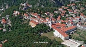 Franjevački samostan i crkva Majke Milosti na Trsatu, koji je poznat i kao hrvatski Nazaret