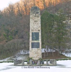 Spomenik Hrvatskoj domovini