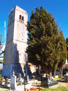 Groblje Sv. Apolinara u Dubašnici pokraj Malinske na otoku Krku