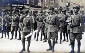 D'Annunzio na Korzu početkom listopada 1919.